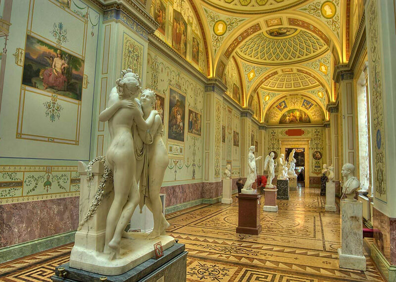 The Hermitage museum, St Petersburg, the Ornate corridor.